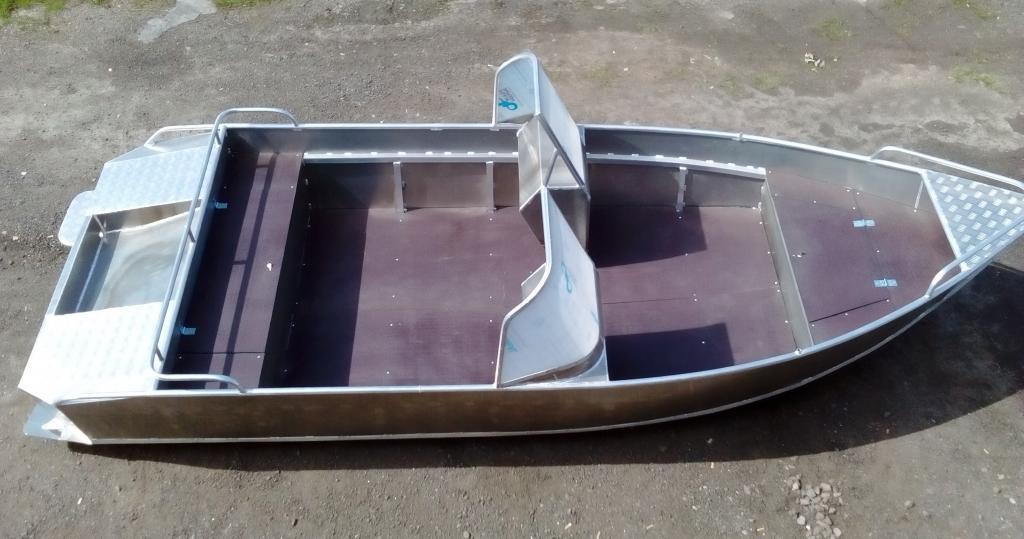 Консоль для катера из алюминия